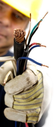 Lineman-Holding-Wires